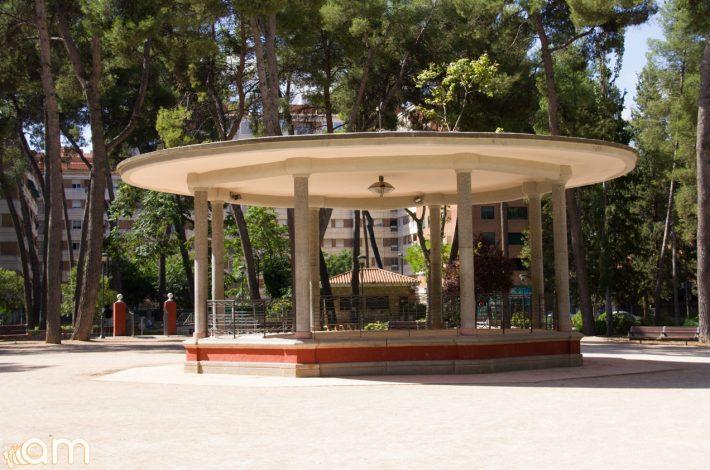 Parque-Abelardo-Sanchez-Templete-06900