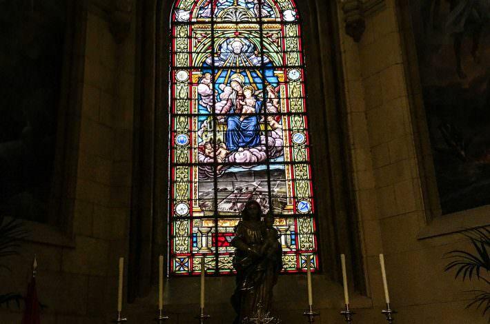 Capilla de la Virgen de Loreto-Vidriera